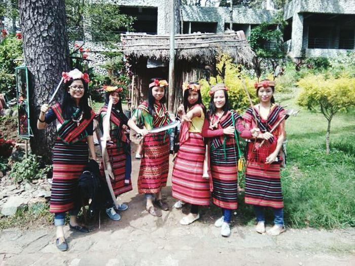 Women Around The World Tree Smiling Outdoors Cheerful Memories Happy Time Ynasadventure Eyeemphoto EyeEm Happiness EyeemPhilippines Bffs Bffsforever Bestfriends Girlsbonding Eyeemphotography Phonephotograpy Hanging Togetherness Classmates Phonetography Igorot Ifugao