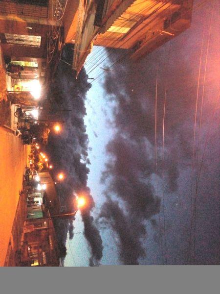 Climate Illuminated Noche lluviosa temporal tempestad