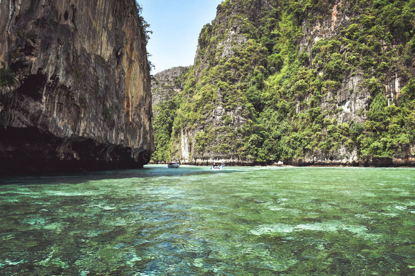 Entrance at monkeybeach Thailand Rocks And Water Rocks In Water Rock Wall Sunset Andaman Sea ASIA Asian Culture Islandlife Island View  Lake Green Color Rock Formation Waterfront Rocky Mountains Rippled Cliff Ocean Boat Rock Rock - Object Eroded Rugged The Great Outdoors - 2018 EyeEm Awards