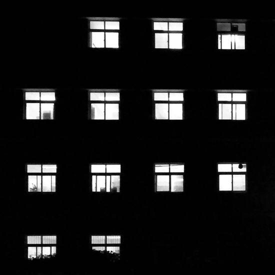 窗 Window Silhouette Indoors  Dark Architecture No People Day