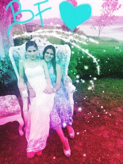 My best friend and I at her wedding. I LOVE this girl! Friends Friendship Love Loveyou Bestfriend Bestoftheday TeQuieroMucho Tequiero Mejores Amigas✌ Wedding