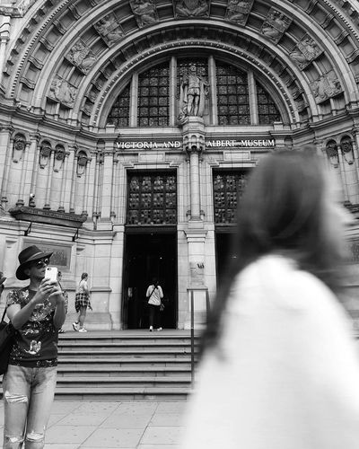 London Lifestyle Bw Travel Destinations Architecture City London United Kingdom International Landmark Arts Culture And Entertainment Outdoors Black And White Photography Museum Victoria And Albert Museum