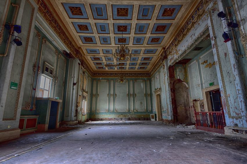 Abadoned Abandoned Antique Architecture Bad Condition Built Structure Day Derp Domestic Room History Home Interior Indoors  No People Rotting The Past Urban Decay Window
