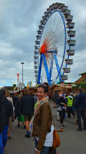 Ferris Wheel Lifestyles Tourism Enjoyment Fun Vacations Travel Weekend Activities Travel Destinations Leisure Activity Check This Out Nice Atmosphere Oktoberfest2016 Hanging Out Famous Place Nice View Sightseeing Bayern Germany Germany 🇩🇪 Deutschland