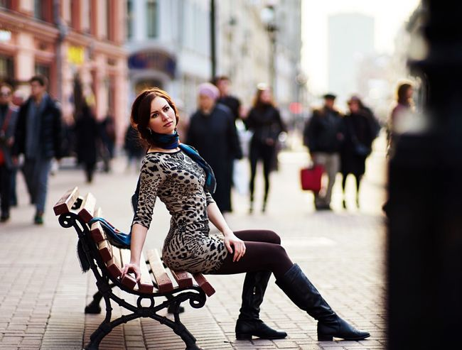 Waiting Girl Street Life