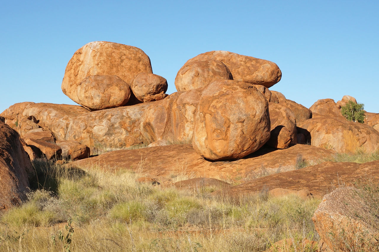Devils Marbles, Stuart Highway, Northern Territory, Australia Australia Beauty In Nature Devils Marbles Geology Landscape Nature Northern Territory Outback Outdoors Panorama Rocks Scenery Scenics Sights Stuart Highway Tourism Tourism Destination Tourist Destination Travel Travel Destinations Traveling
