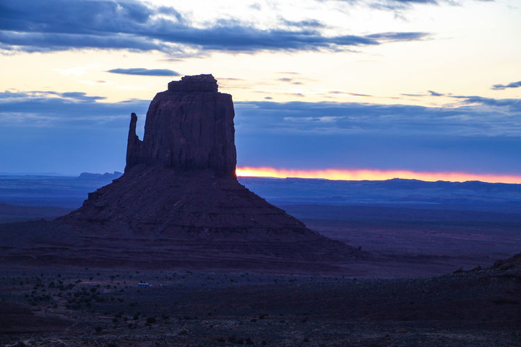 Sky Cloud - Sky Beauty In Nature Scenics - Nature Sunset Tranquil Scene Tranquility Landscape Environment Physical Geography Geology No People Rock Nature Non-urban Scene Rock Formation Land Idyllic Travel Destinations Mountain Outdoors Arid Climate Eroded Monument Valley Sunrise