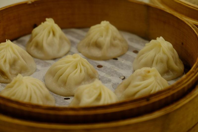 小籠包 Food Food Porn Foodporn Fujifilm Fujifilm X-E2 Fujifilm_xseries Meal Ready-to-eat Steamed Dumplings Taipei Taiwan XF18-55mm 台湾料理 台湾旅行 小籠包 臺北 臺灣 金品茶樓