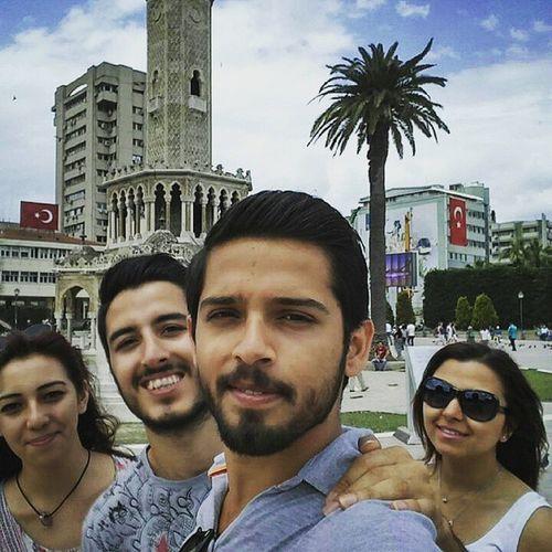 Izmir De Gecen Güzel Gunlerden Biri :) Kafamıza Doluda Yeriz Yağmurda Sırılsıklamda Oluruz Sıcaktan Pişerizde :)