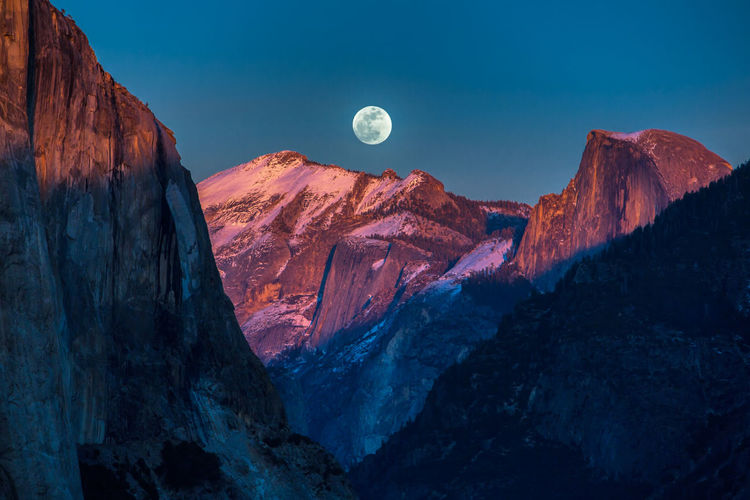 Yosemite National Park Astronomy Beauty In Nature Moon Mountain Nature No People Outdoors Physical Geography Scenics Sky Supermoon Tranquil Scene Tranquility California Dreamin