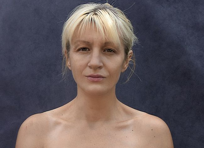 Russia Blond Hair One Woman Only Headshot One Person Portrait Only Women Beautiful Woman One Young Woman Only Beauty People Shirtless Young Adult Close-up Adult Beautiful People Looking At Camera Adults Only Gray Background Studio Shot Young Women Self Portrait Selfportrait