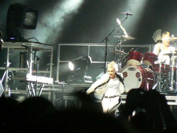 Back in 2009... even at 40 plus her stage energy was immense TheMinimals (less Edit Juxt Photography) Eye 4 Music