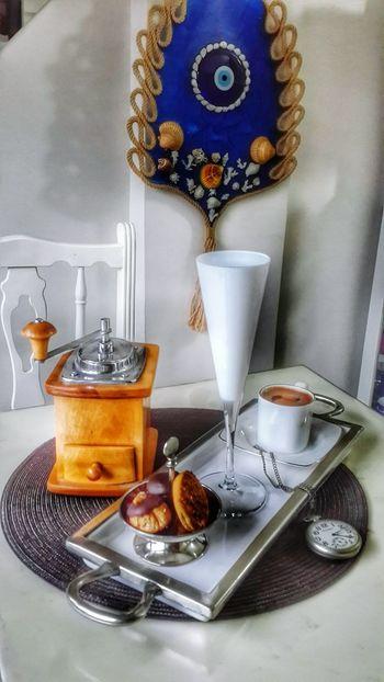 Coffee Eyeem4photography EyeEm Best Shots Relaxing Home Sweet Home Enjoying Life Clock Happiness Cake Cupcakes