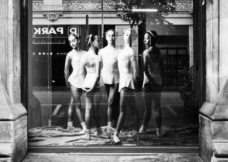 Mi Serie Barcelona Street Reflections Blackandwhite Human Representation Full Length Architecture Built Structure Building Exterior Store Men