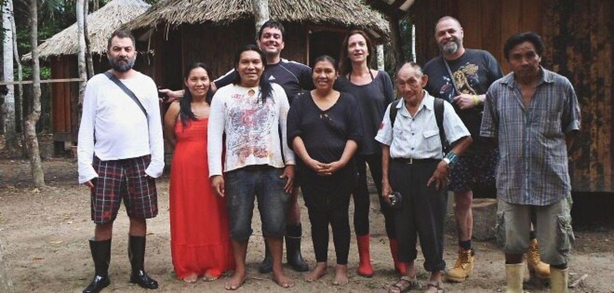 Dono da grife Cavalera com os indígenas na Aldeia Yawanawá. Brazil Indios Amazonas-Brasil 🇧🇷 Cavalera Acre