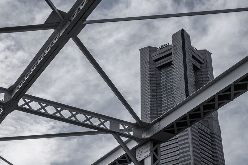 Yokohama Landmark Tower Yokohama Built Structure Architecture Sky Cloud - Sky Low Angle View Building Exterior Connection