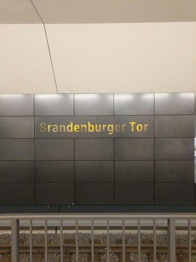 Subway Station Transportation Subway Train Brandenburg Gate Berlin Underground