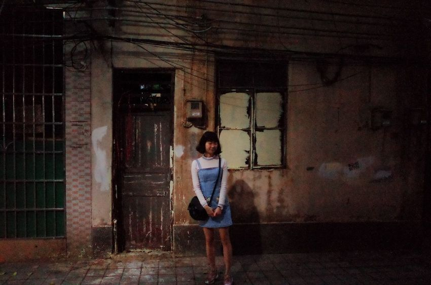 Architecture Building Exterior Built Structure Old Buildings Guangzhou 廣州 故鄉 西關 Night Photography Xi Guan Ricoh Gr Gr Ii Brown Young Woman Memory Old Memory Old Times Old Town Lane Old Lane