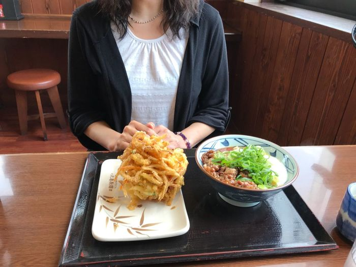 息子と…d(((((≧▽≦))))))b 幸せ 楽しいひと時 二十歳 次男 Udon Food Food And Drink Table Plate Ready-to-eat Freshness Indoors  Healthy Eating One Person Meal Midsection Vegetable Real People Restaurant Adult Wellbeing Women Tray Dinner Sitting