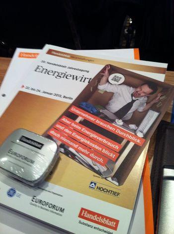 entdecke bei den Tagungsunterlagen Werbung für @econitor