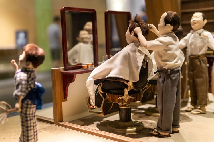 Handsome with barber hand. Ancient Ancient Culture Art And Craft Creativity Japan Japanese Culture OSAKA Travel Art Barber Education Exhibition Figurine  Haircut History Human Representation Model Museum Occupation Representation Selective Focus Small The Past