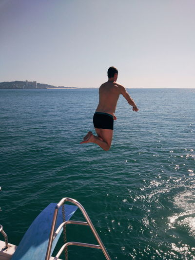 Water Sea Full Length Swimming Men Sport Clear Sky Adventure Surfing Sky Rushing Swimming Trunks Diving Into Water Diving