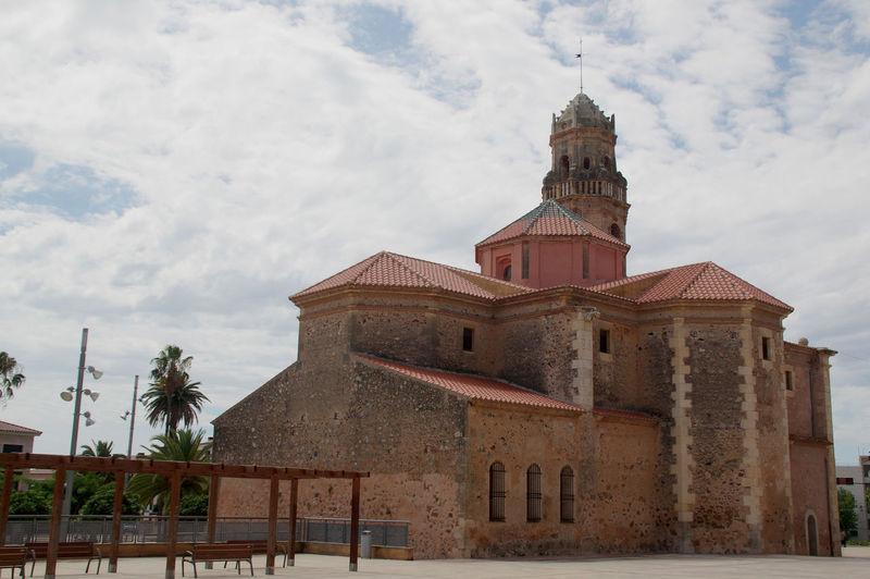 Catedral Catolic Church Santa Catalina Church Catholicism Daylight Religious Building Religious Construction Vinyols I Els Arcs