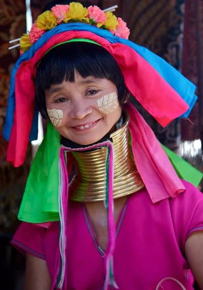 beautiful mother, on my way to Nepal! Travel Colorful Culture