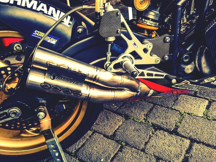 Engineering Exhaust Bike Motorcycle Part Of Sport The Color Of Sport Outdoors Luxxxs Ride Or Die Acrapovic Racing Photography Driving Loud Hobbies