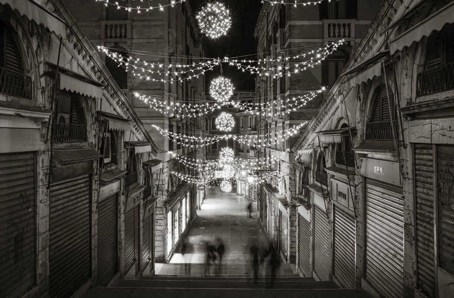 Rialto Venice Architectural Feature Architecture Building Exterior Built Structure Decoration Diminishing Perspective Hanging Illuminated In A Row Lighting Equipment Long Exposure Repetition Rialtobridge The Way Forward Venezia Venice Venice, Italy