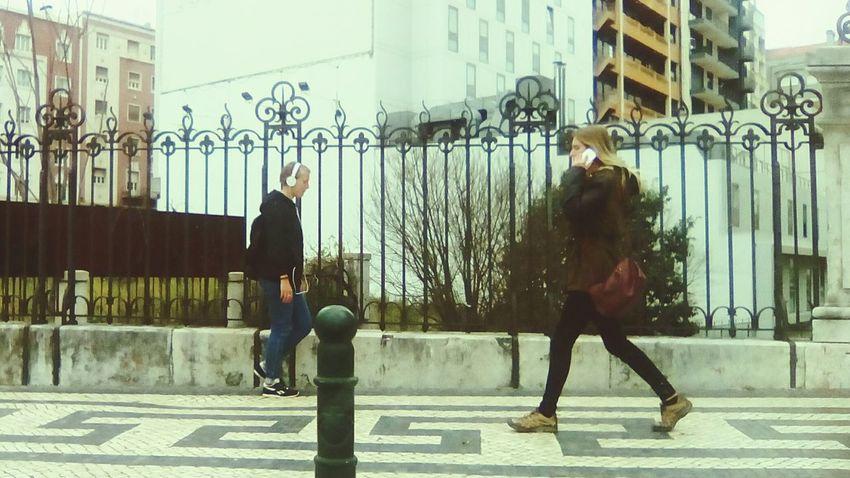 Lisbon - Portugal Urbanphotography Cityscapes Taking Photos Lisboa Androidography AndroidPhotography EyeEm Gallery Mobile Photography EyeEm Portugal Portugal Streetphoto_color Streetphotography People Pessoas People Photography Watching People Life Vida