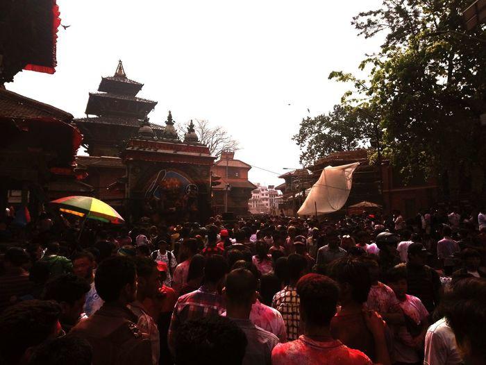 Holi hai.... Sony Xperia XA1 23mp Urban Daylight Nepal Holi Festival People Crowd Gathering Heritage Friendship Kathmandu Basantapur EyeEmNewHere
