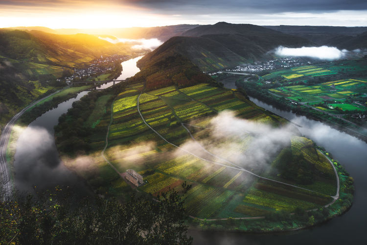 Moselschleife Landscape Sun Water Sunlight Nature Www.alexander-schitschka.de The Week On EyeEm Mosel Moselle River Fluss Germany Deutschland Bremm Landschaft Landscape From Above  Sunrise Sonnenaufgang
