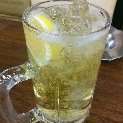 ハイボール♪ Drinking Whisky 酒場 Lemon