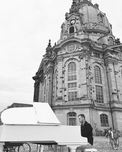 Dresden Altstadt Oldtown Frauenkirche Frauenkirche Dresden Piano White Piano Music Musician Playing Music Citytrip Blackandwhite Europe Eurotrip Traveling