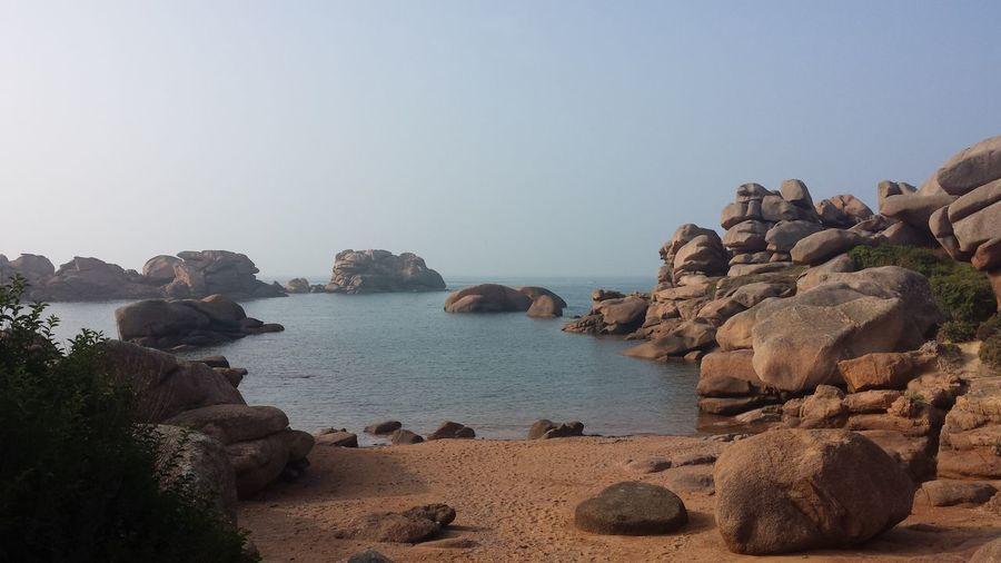 Jolie côte de granit rose Bretagne Bretagnetourisme Seascape Cliffs