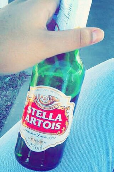 Stellinha ?? Beer I ❤ Beer Hanging Out Relaxing