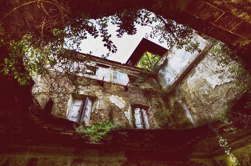 Abandoned No People Built Structure Low Angle View Architecture Old Ruin Indoors  Day Building Exterior Degrado Abbandonato