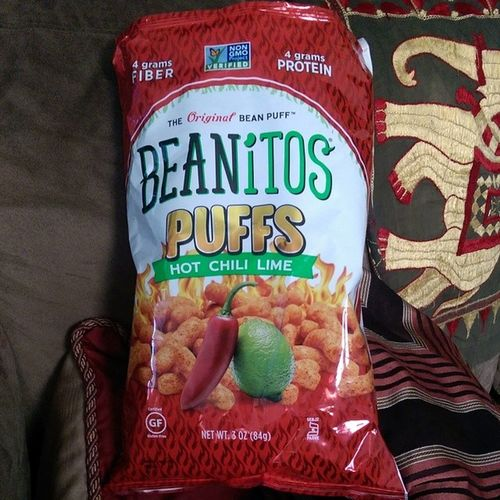Omg these are so good...Theoriginalbeanpuff Hotchililime Vegan Kosher cornfree certifiedlowglycemic nomsg glutenfree @beanitoschips and @nongmoproject verified Yummysnack