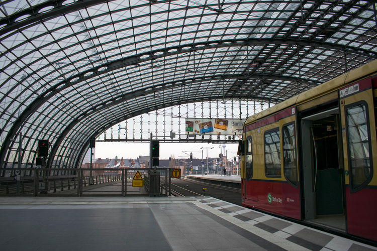 Berlin City City Life Day Daylight Daytime Hauptbahnhof Hauptbahnhof Berlin Snow Train Train Station Urban Urban Landscape Urbanphotography Winter