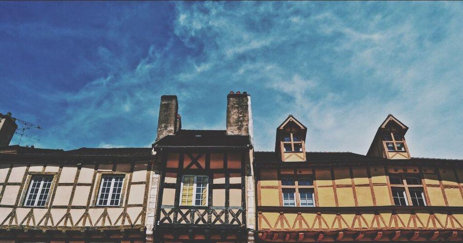 France Bourgogne Houses Architecture Sky France Photos Travel Contrast Colors