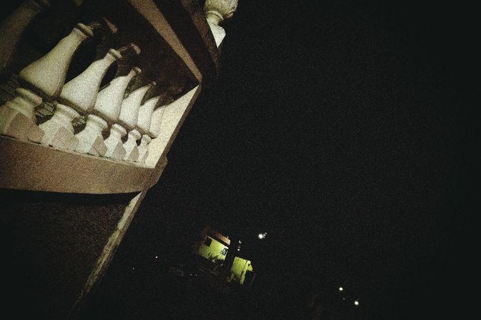 Noite Concreto Luz Y Sombra