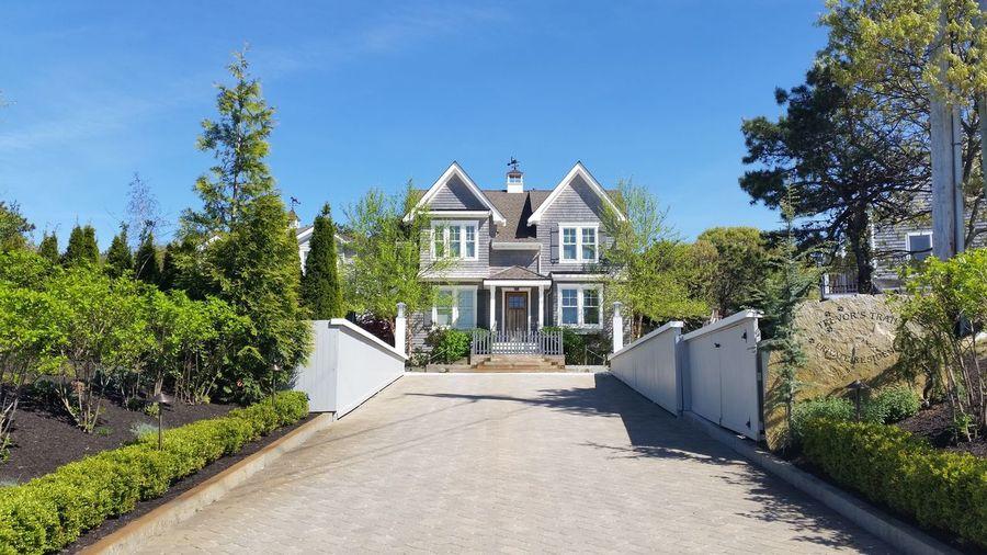 House Uphill