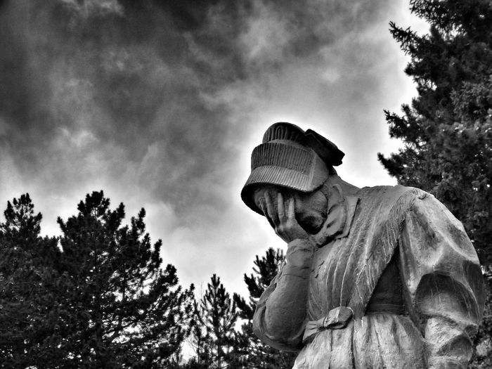 cry mummy Memorial Lost At War Valley Of Maurienne Black And White My Year My View FUJIFILM X-T1 French Alps Colour Of Life EyeEmBestPics Eye4photography  Traveling Home For The Holidays Finding New Frontiers Tranquility Women Who Inspire You Fine Art Photography Telling Stories Differently Black And White Photography EyeEm Best Shots Silhouette Picoftheday Shootermag The Week On Eyem Tadaa Community EyeEm Gallery Travel Destinations