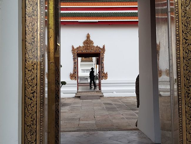 in temple Architecture Ancient Antique Minimal Minimalism Streetphotography Street Photography Place Of Worship Doorway Architecture Entryway Historic Palace Entrance