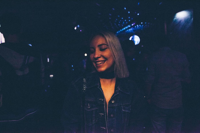 Club Enjoyment Front View Girl Happiness Happy Night Nightlife Person Portrait Woman