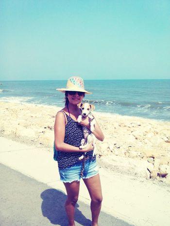 Enjoying Life Relaxing Sea Sunshine Taking Photos .... Lola 😍🐶