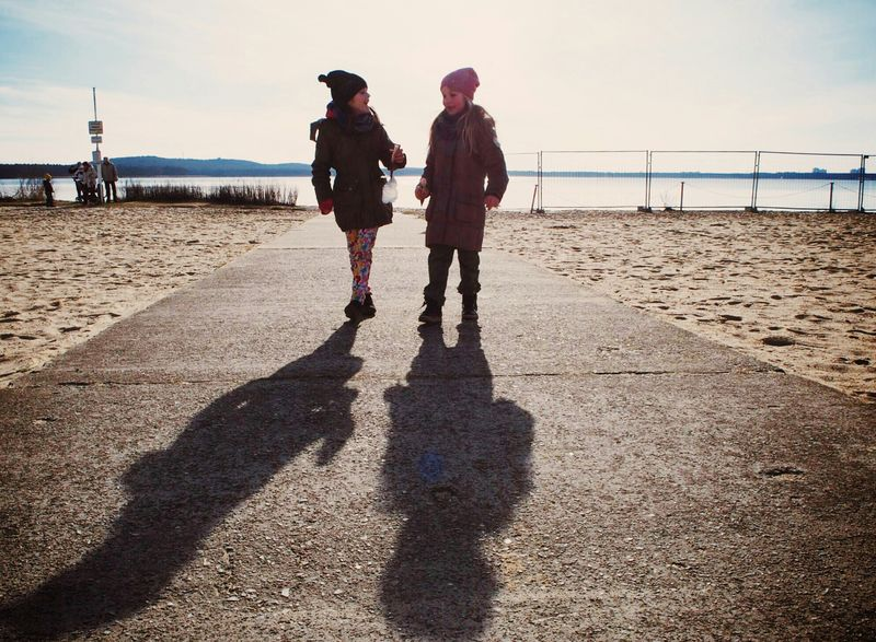 A Day at the beach... On The Move Looking Into The Future We Are Family Streetphotography Streetphoto_color Horizon Children Photography Childhood Creative Light And Shadow RePicture Growth