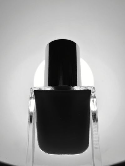 Body Care Perfume Sprayer Bottle Hygiene Razor No People Indoors  Body Care And Beauty Perfume Aerosol Can Manicure Close-up Day Nail Lacquer Nail Polish Monochrome Monochrome Photography