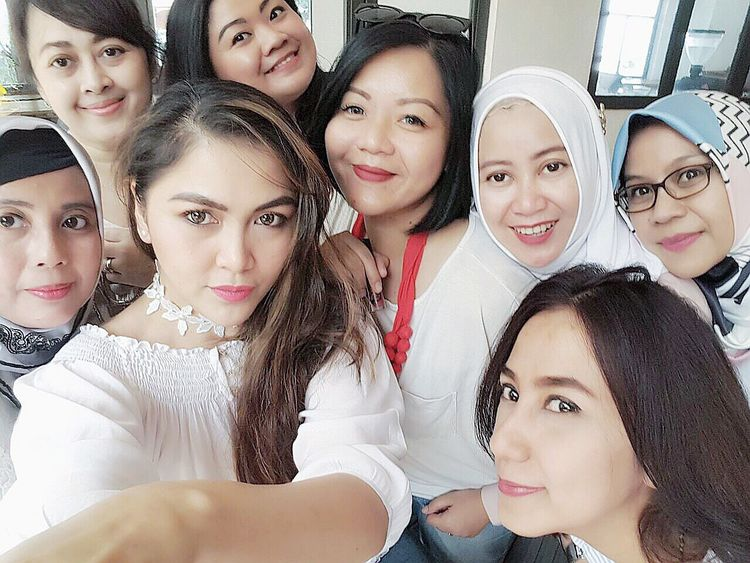 Arisan Ex IMLC's Moms 2nd Round, part 1. At SRSLY Coffee Shop, Cipete Raya. Arisan Ex IMLC's Moms 1 By ITag Arisan Ex IMLC's MOMs By ITag ImpressiveMindsMoms Mobile Upload-Me & Friends